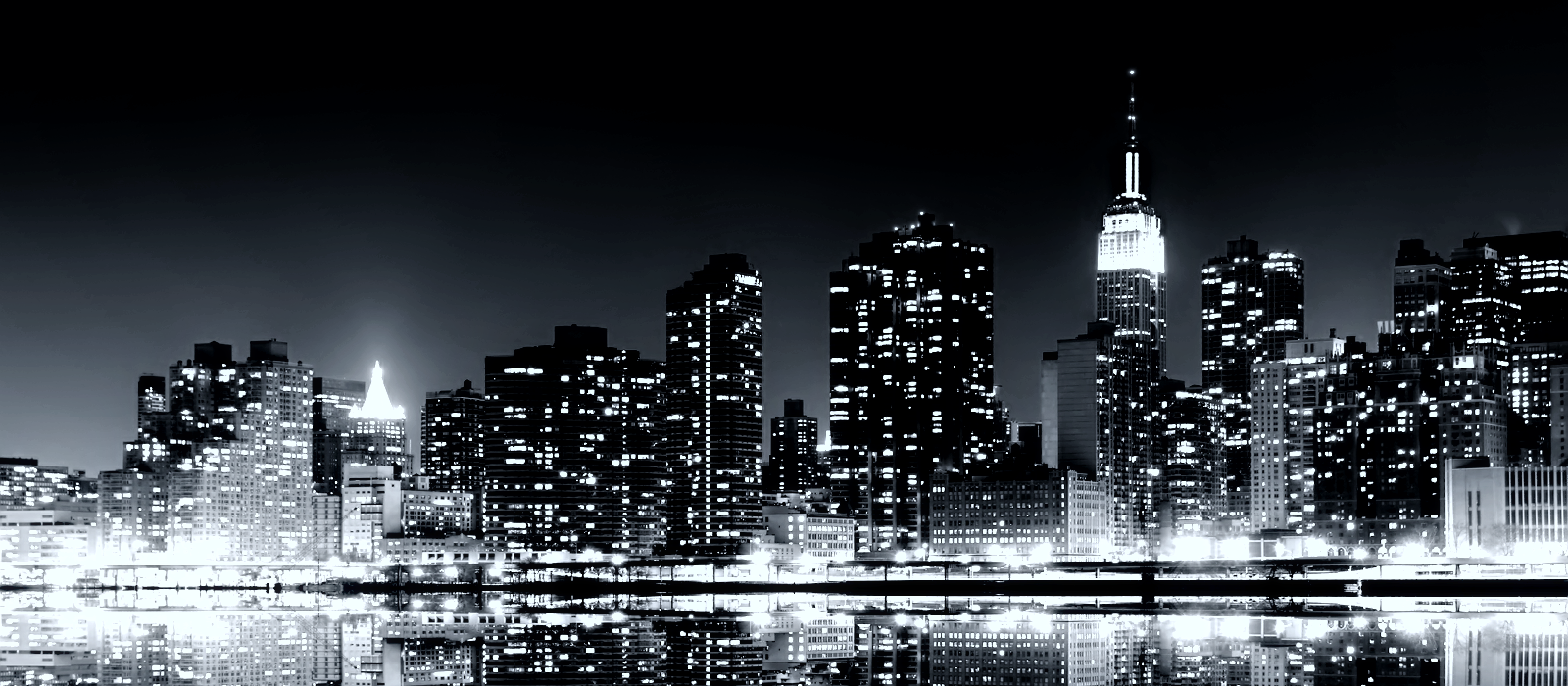 Manhattan Reflections Skyline Wallp TLG